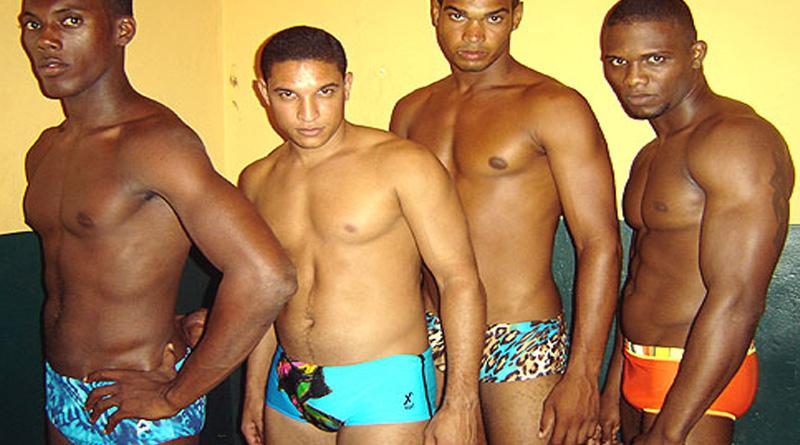 Desfile de Sungas da X´Boy na Sauna Olympus