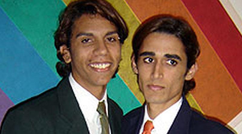 Casamento Gay em cima do Trio Elétrico